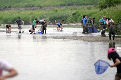 2三滝川の観察会写真.jpg